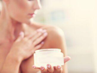 Dekolleté Pflege Haut