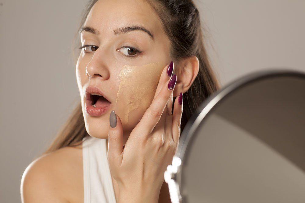 foundation make-up auftragen kaufen
