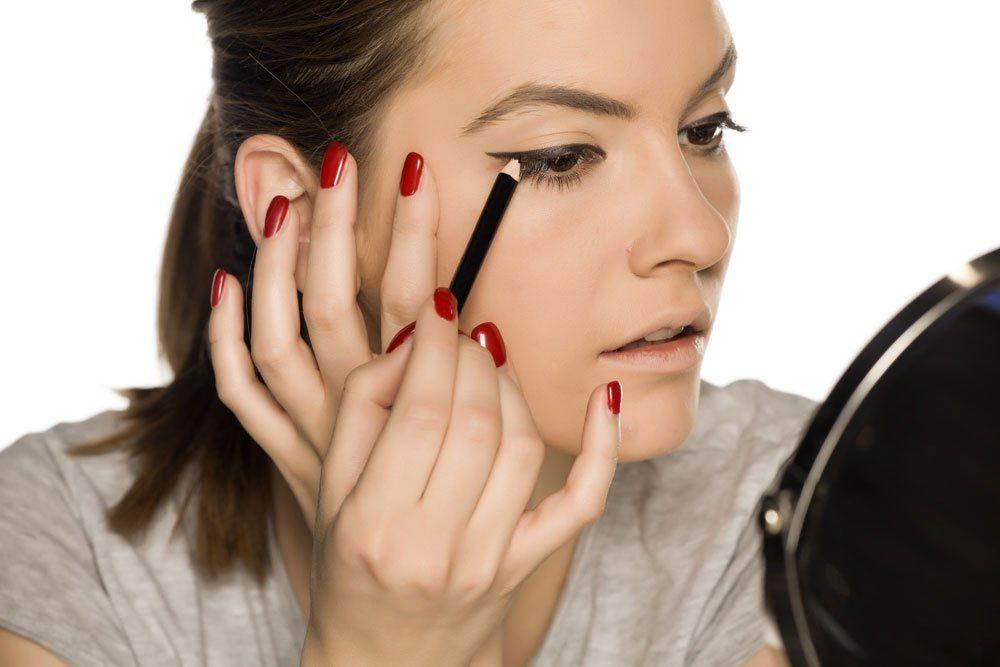 lidstrich ziehen make-up