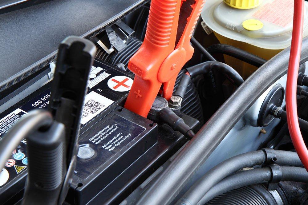 autobatterie starthilfe tipps