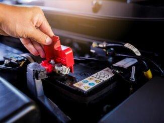 Autobatterie laden und wechseln
