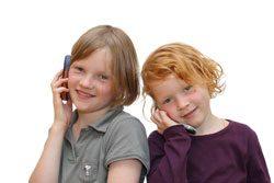 Schon kleine Kinder wollen ein Handy