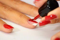 Nägel lackieren – Schritt für Schritt Anleitung