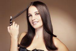 Kaum eine Frau ist mit ihren Haaren zufrieden