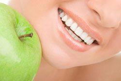 Ein Schönheitsideal: makellose Zähne
