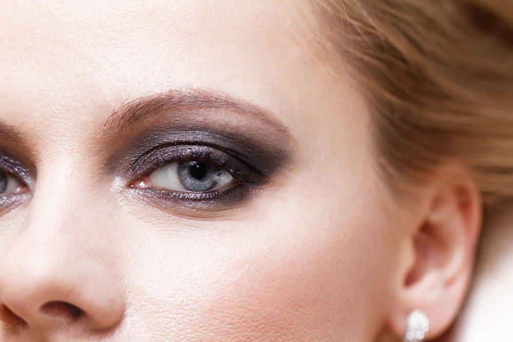 smokey eyes klassisch schwarz grau
