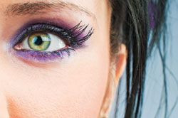 Sehr schön: violette Smokey Eyes
