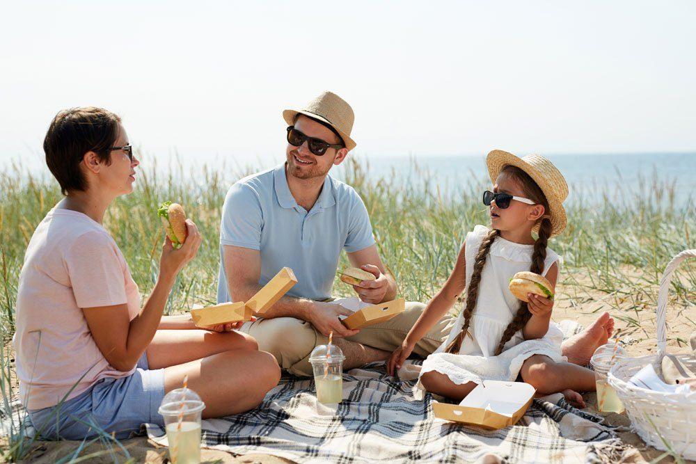 Urlaub daheim Picknick Familie