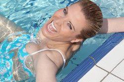 Gehen Sie sich im Wasser ordentlich erfrischen