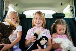 Haben Sie bei langen Autofahrten immer viel Unterhaltungsmöglichkeiten mit dabei