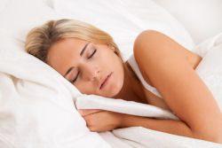 Zu warm zum Schlafen – So können Sie auch bei Hitze schlafen!