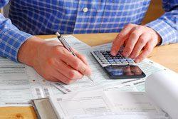 Mit einer Software geht die Steuererklärung schneller von den Händen