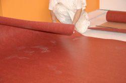 Teppich verlegen - Schritt für Schritt