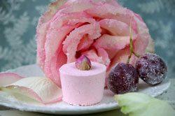 Rosen kandieren und stilvolle Dekoration genießen