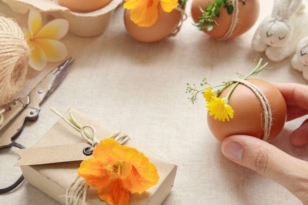 essbare Blüten Osterei gestalten kreativ