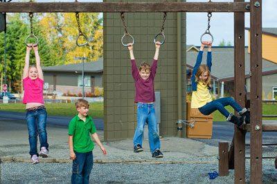 Auf einem Spielplatz können sich Kinder richtig austoben