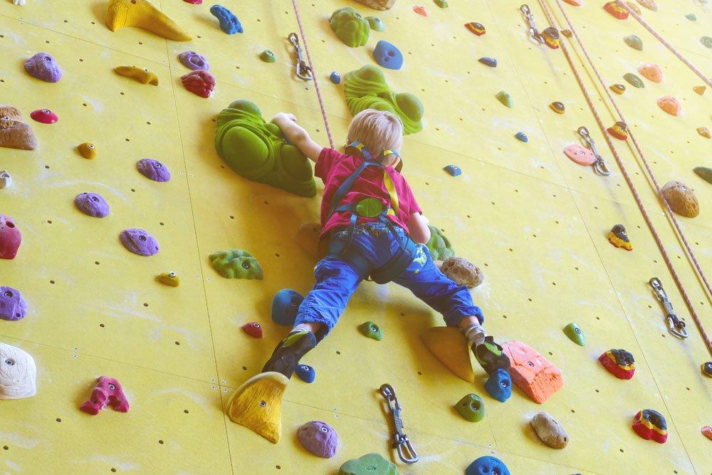 kletterhalle sicherheit kinder tipps
