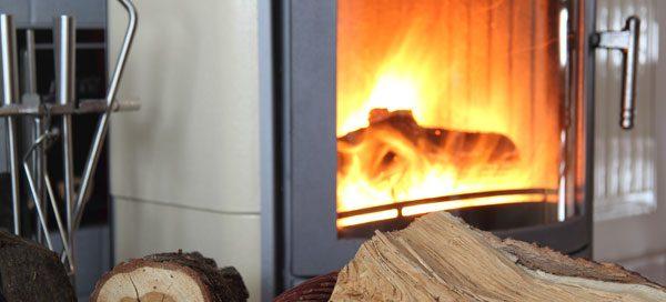 wasserf hrende kamin fen vorteile und nachteile dieser. Black Bedroom Furniture Sets. Home Design Ideas