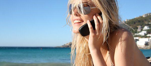 Mit dem Handy im Ausland Kosten sparen