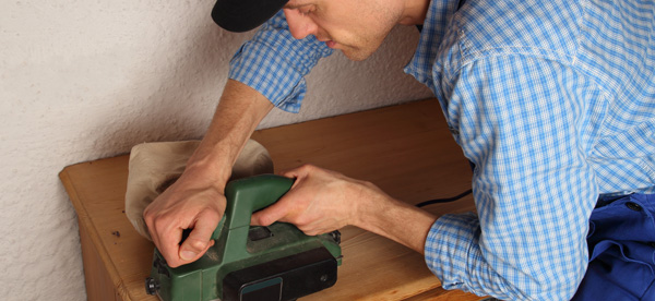 Erste Hilfeschrank für Heimwerker - Checkliste zum Auffüllen