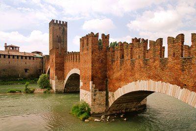 Sehenswürdigkeiten Verona Ponte Scaligero