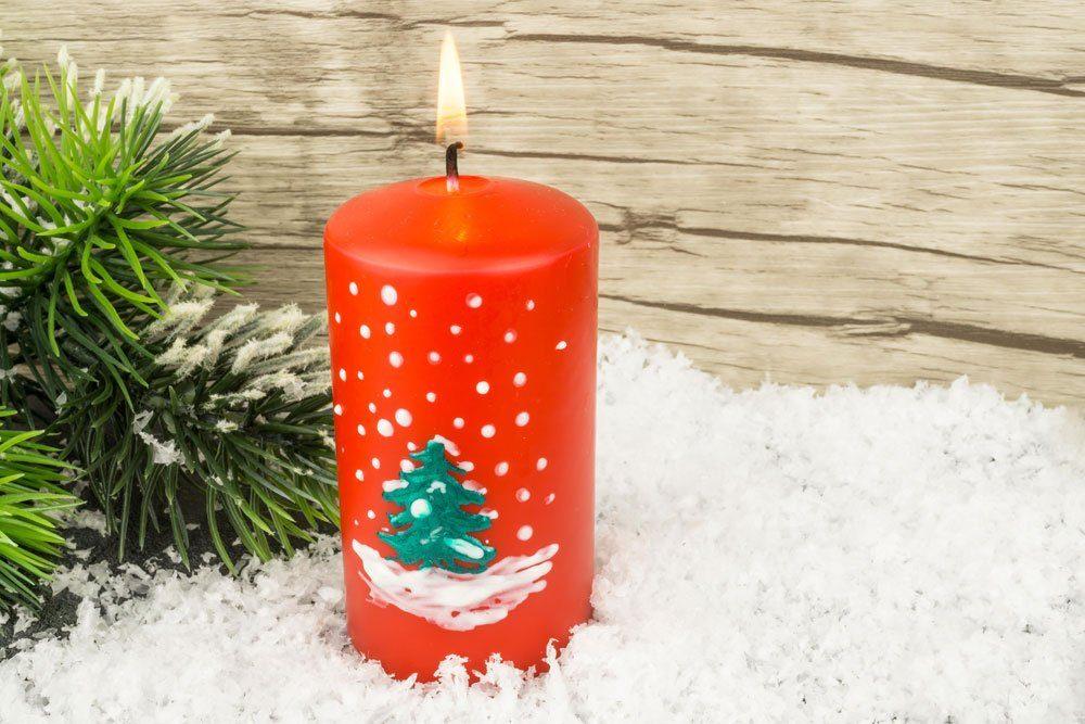 Weihnachtsdeko basteln, Kerze, verzieren