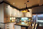 Küche kaufen - Aus ausreichend Licht achten