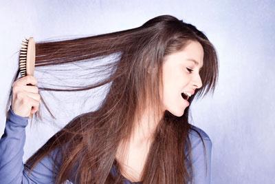 Haare toupieren kämmen