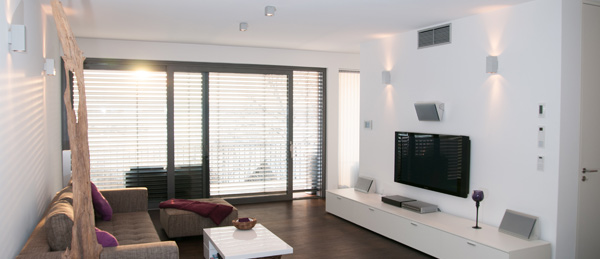 heimkinosystem installieren anleitung zur ausrichtung des soundsystems. Black Bedroom Furniture Sets. Home Design Ideas