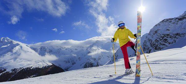 Skibekleidung in Schichten tragen – So hält Ihr Skioutfit richtig warm