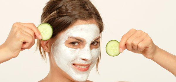 Trockene Stellen im Gesicht – 10 effektive Tipps die helfen!