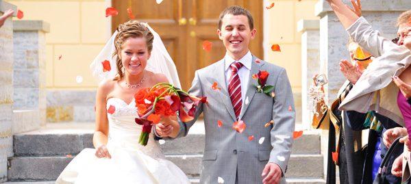 Hochzeitsüberraschung für's Brautpaar - 6 Ideen & Glücksbringer