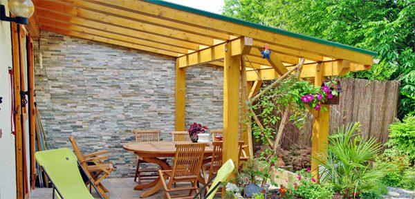 Pergola - natürlicher Sonnenschutz für die Terrasse