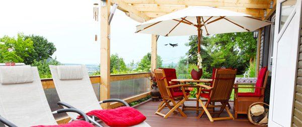 Sonnenschirm - für kleine Flächen ausreichend und flexibel