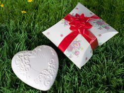 Give Away Hochzeit selbstgemacht Geschenkbox