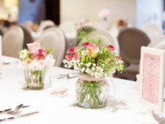Give away für Hochzeitsgäste auf dem Tisch.