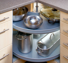 L-Küche mit Drehkarussell