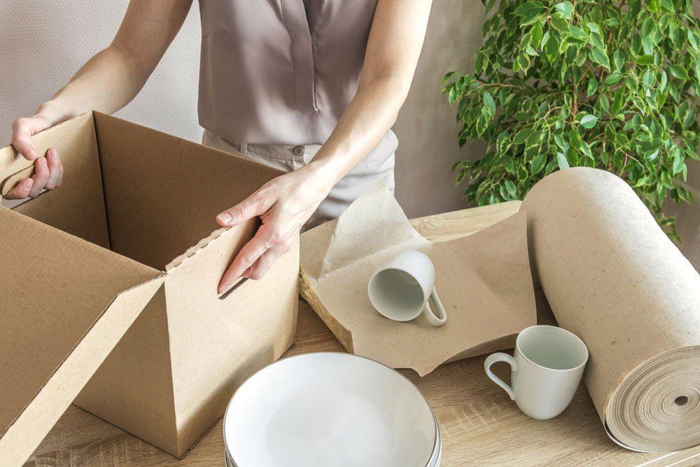 Umzug Geschirr packen
